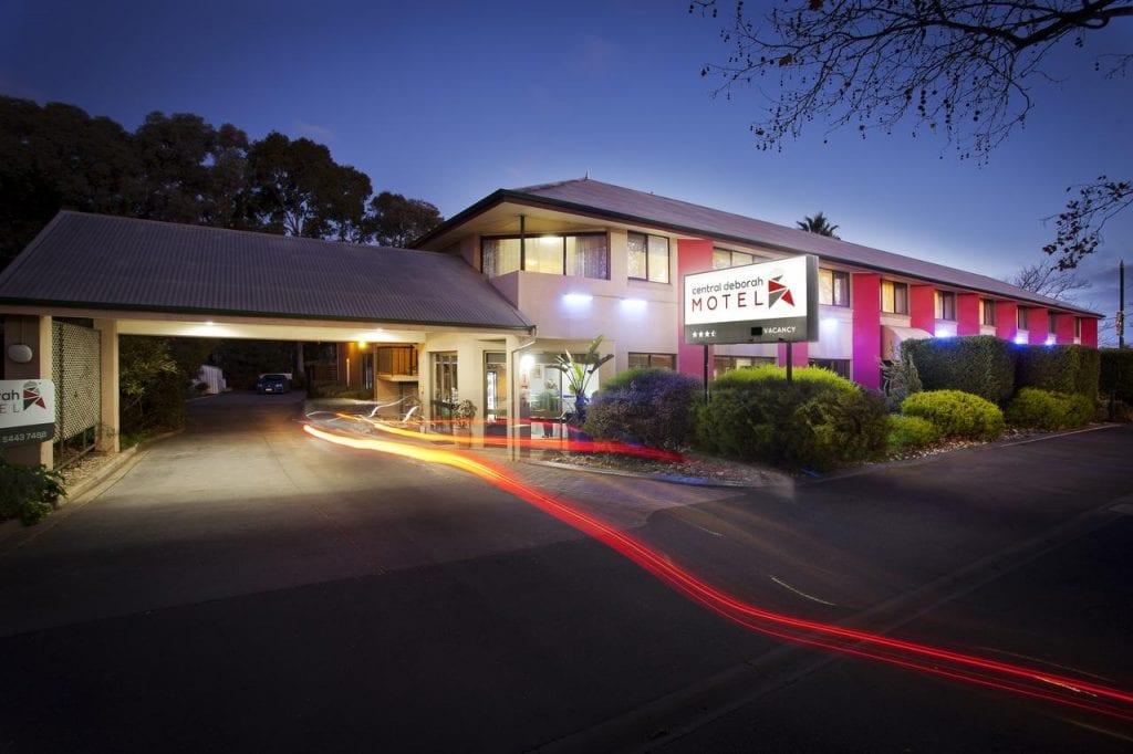 Central Deborah Hotel, Bendigo - Country Airstrips Australia