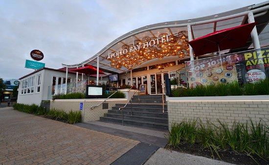 Accommodation in Apollo Bay - Apollo Bay Hotel