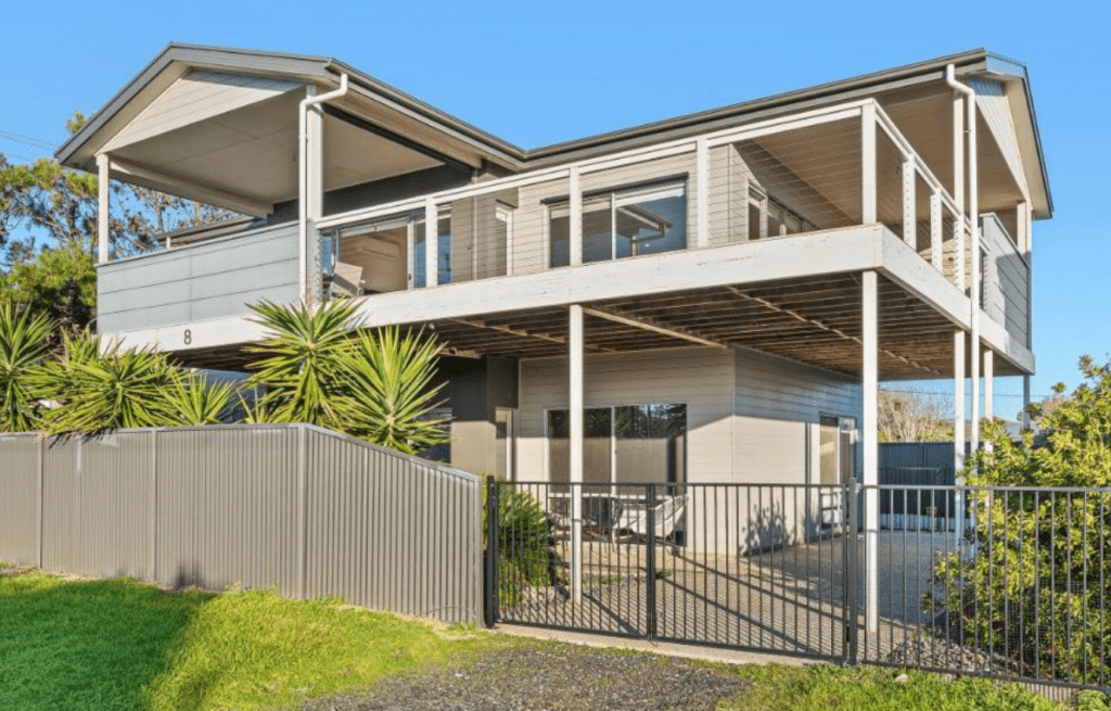 Accommodation in Aldinga Oceans Eight